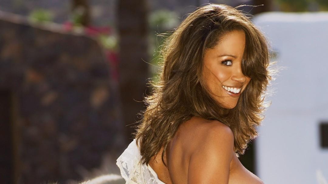 Stacy dash nude pictures thought differently