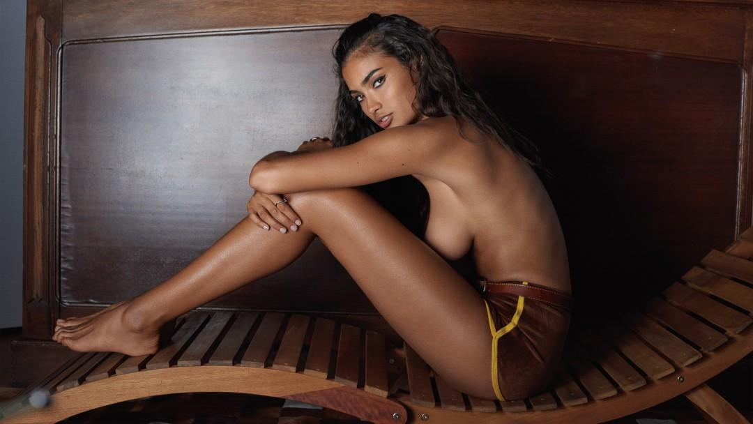 Gale Force Starring Playmate Kelly Gale
