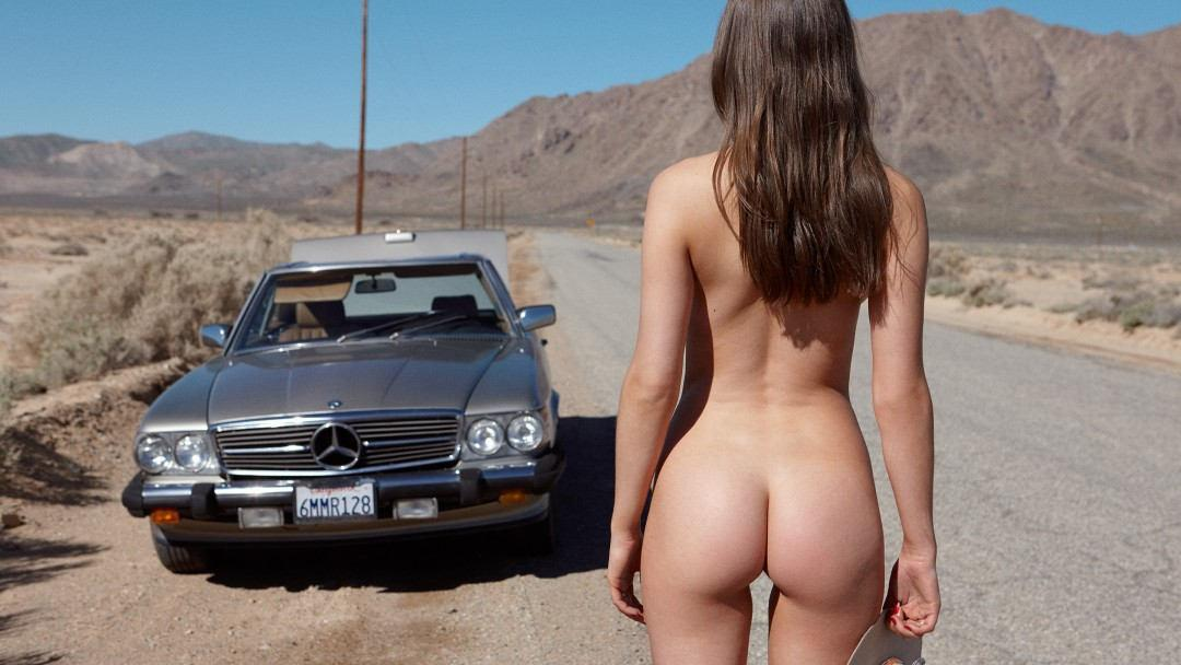 On the Road With Playmate Elsie Hewitt