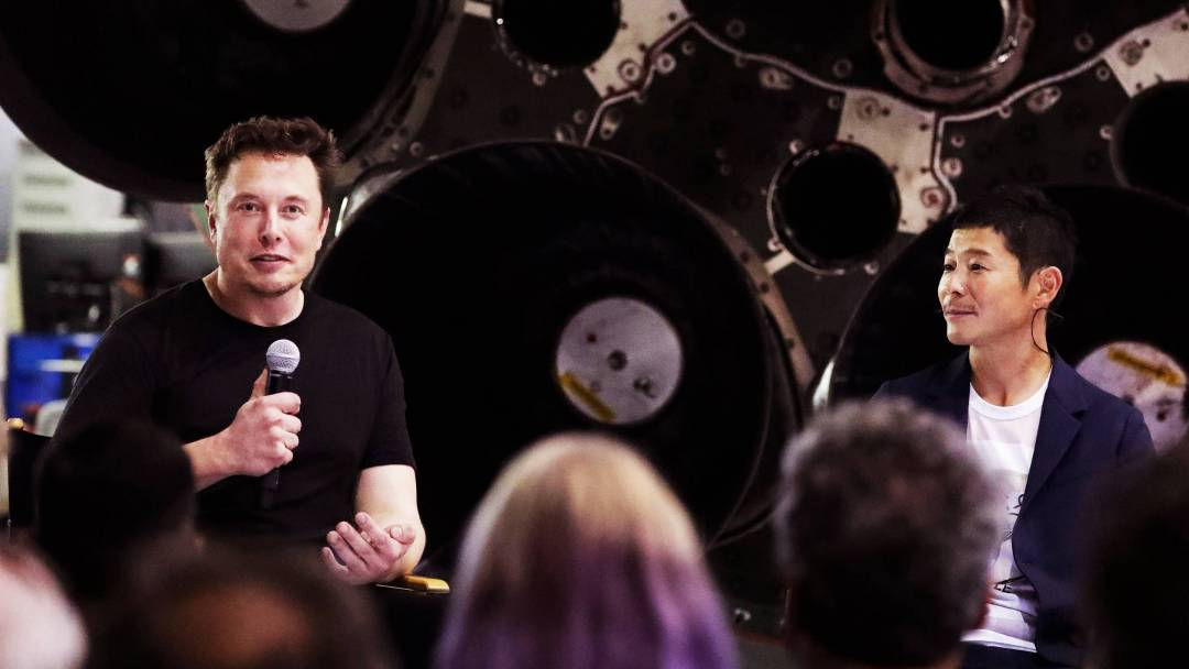 Elon Musk Is Not Sending Yusaku Maezawa to the Moon