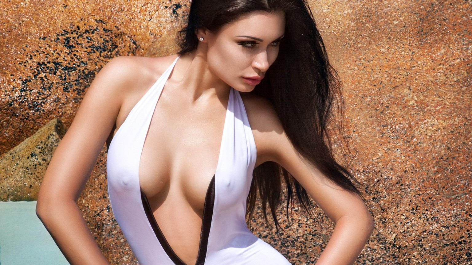 Life's a Beach With Playboy Romania's Anna Grigorenko