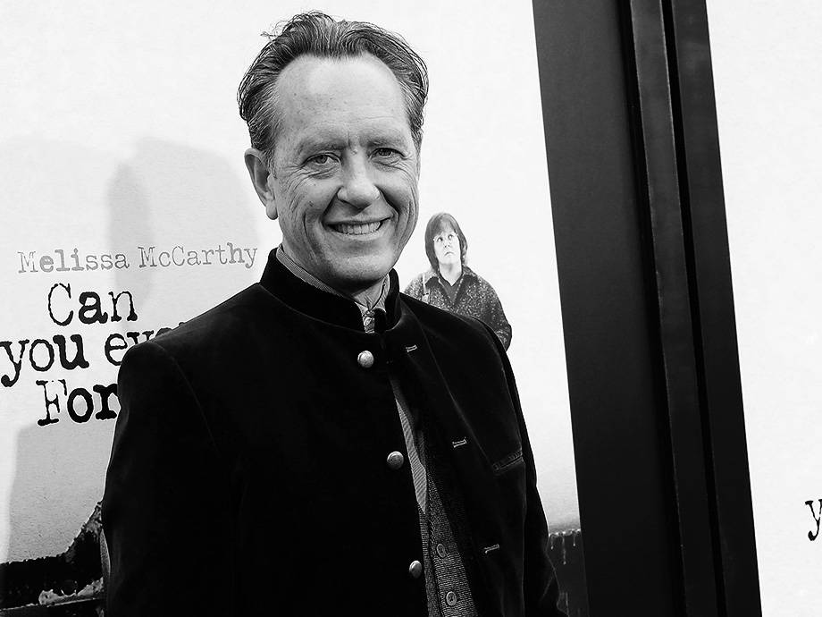 Richard E. Grant Is out of the Shadows, Even if His Bare Butt Isn't