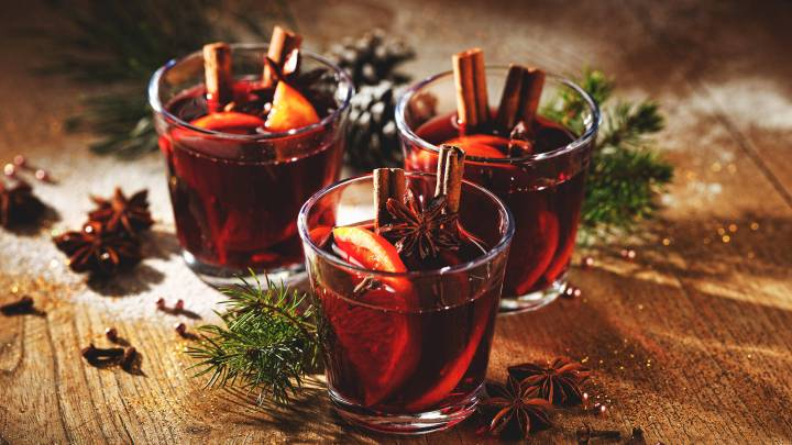 Hot Holiday Cocktails (That Don't Include Egg Nog)