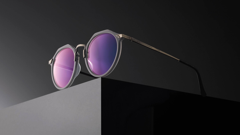 Eye glasses style playboy