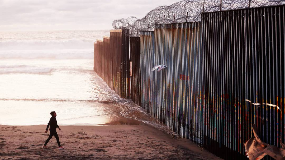Why Trump's U.S.-Mexico Wall Won't Work