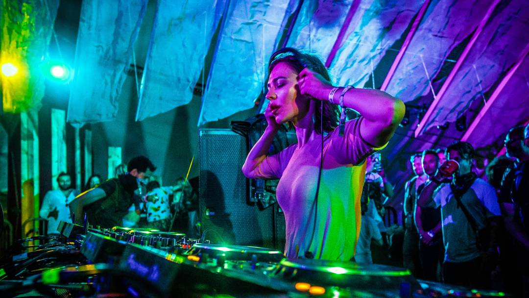 At Do LaB, An Antidote to the Homogeneity of Festival Season