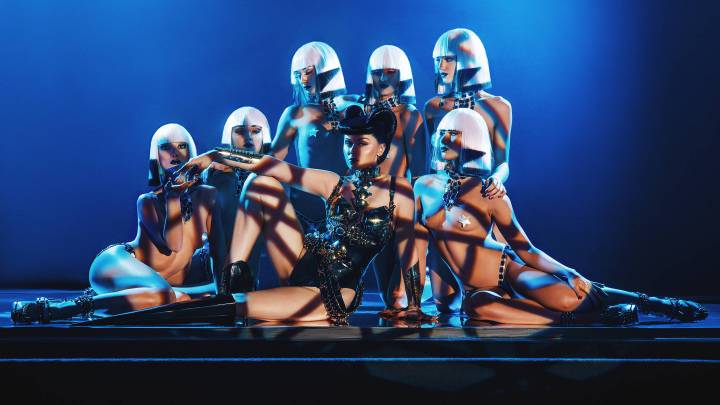 Viktoria Modesta Talks Tech, Disability and 'Bionic Showgirl'