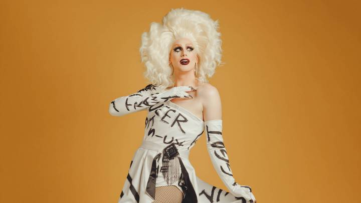 Faces of Resilience: Dusty Ray Bottoms, the Celebrity