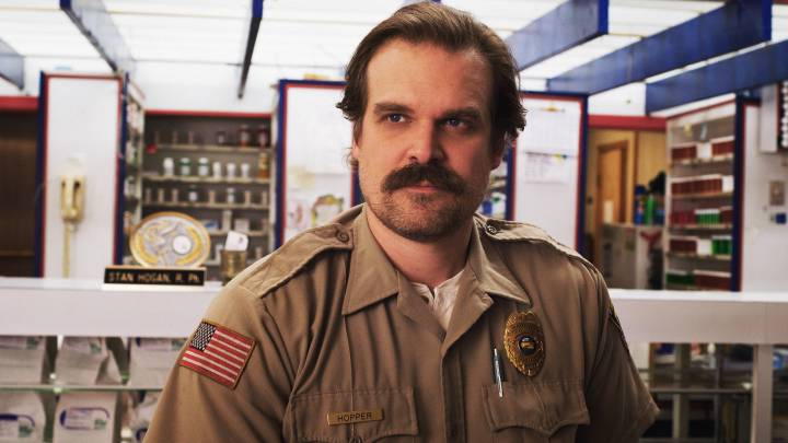 'Stranger Things' and the Debate Over Hopper's Flaws