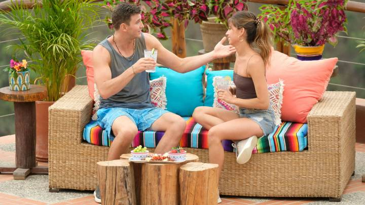 'Bachelor in Paradise' and the Dumpster-Fire Love Pentagon
