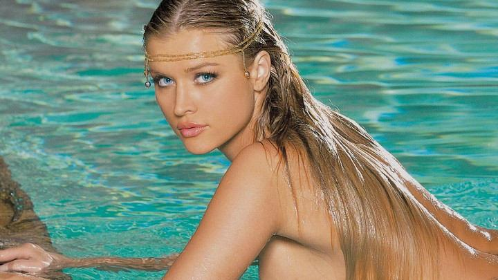 Go Deep With Joanna Krupa