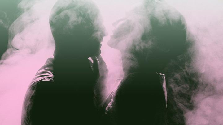 A Stoned Love Match Is Just a Puff Away