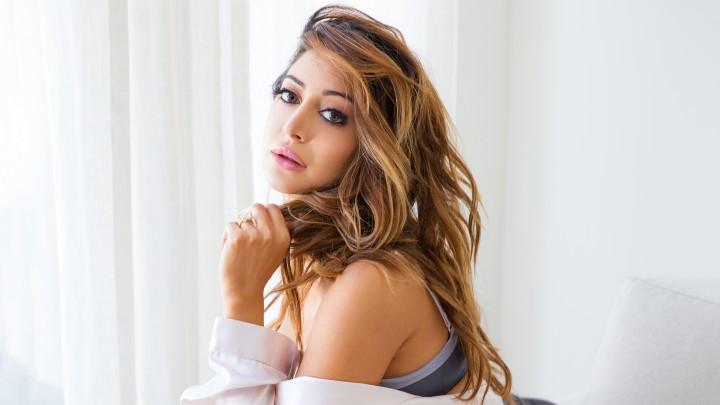 At Home With Noureen DeWulf