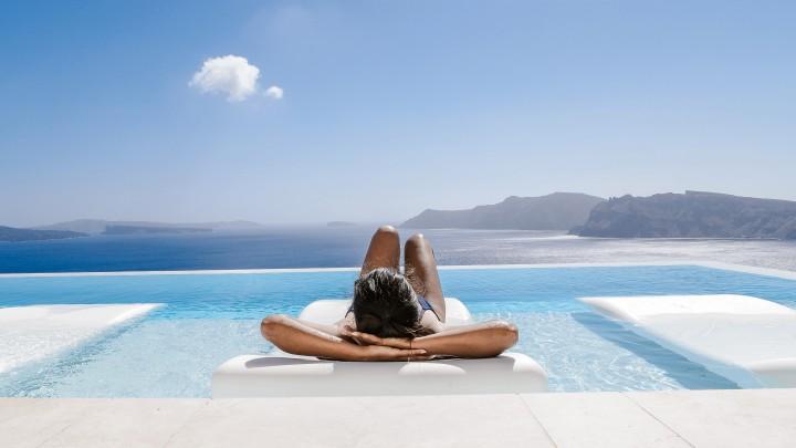 Where to Nurse a Hangover in Mykonos